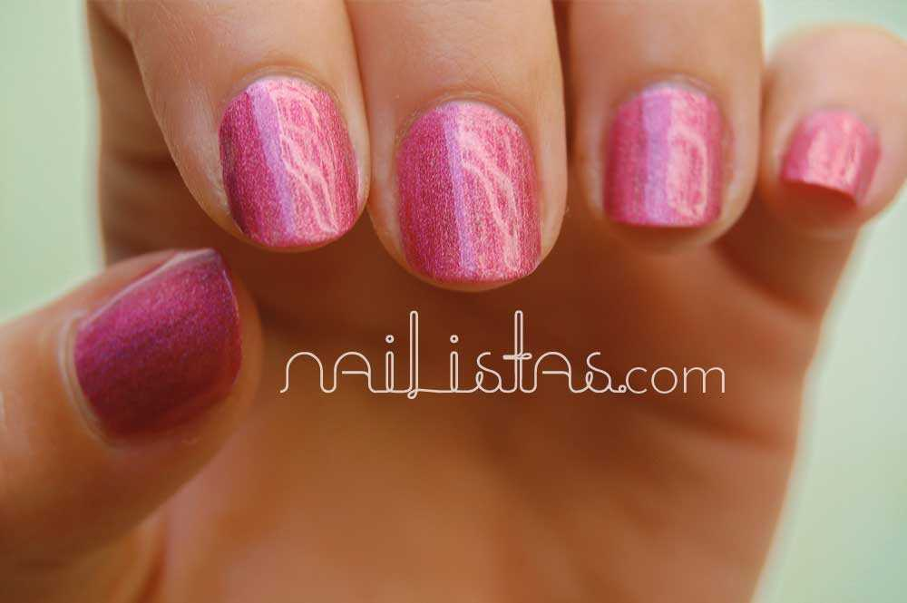 Kiko Makeup Holográfico >Kiko Makeup Holográfico >>> 406 Jewel Pink  con top coat Essence gel-look XXL>> 406 Jewel Pink