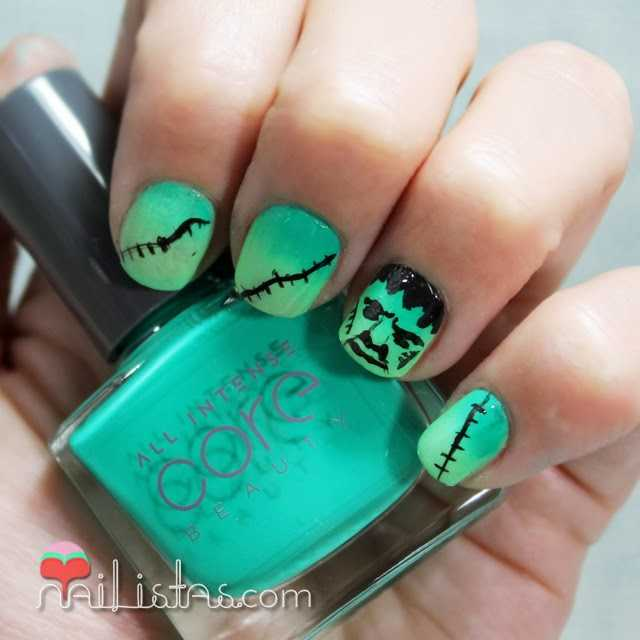 Uñas decoradas con Frankenstein