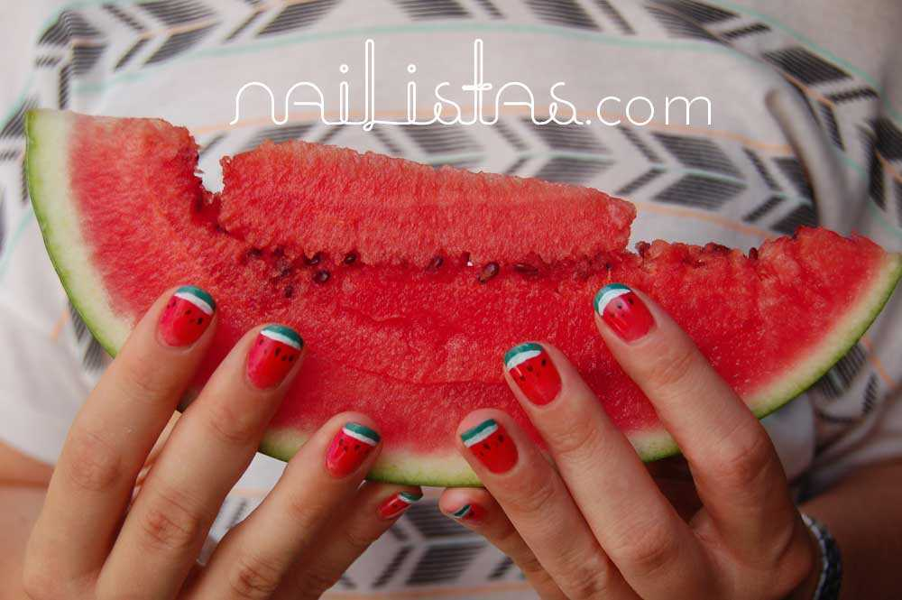 Uñas de sandía // Watermelon nails http://www.nailistas.com