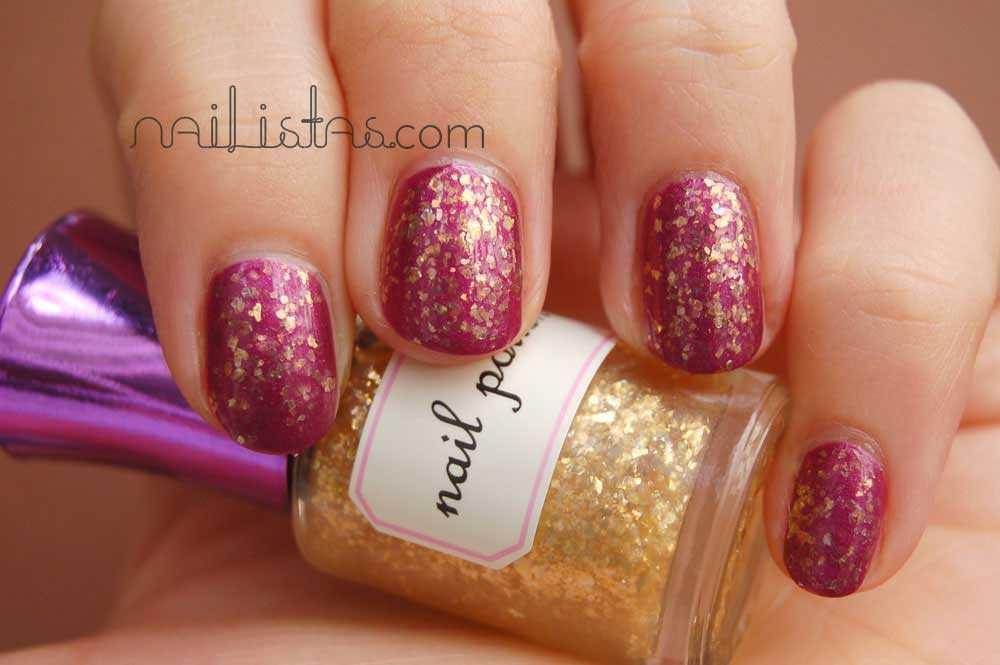 Uñas de color vino H&M /// H&M wine nails >>> Wine and Dine + New Moon