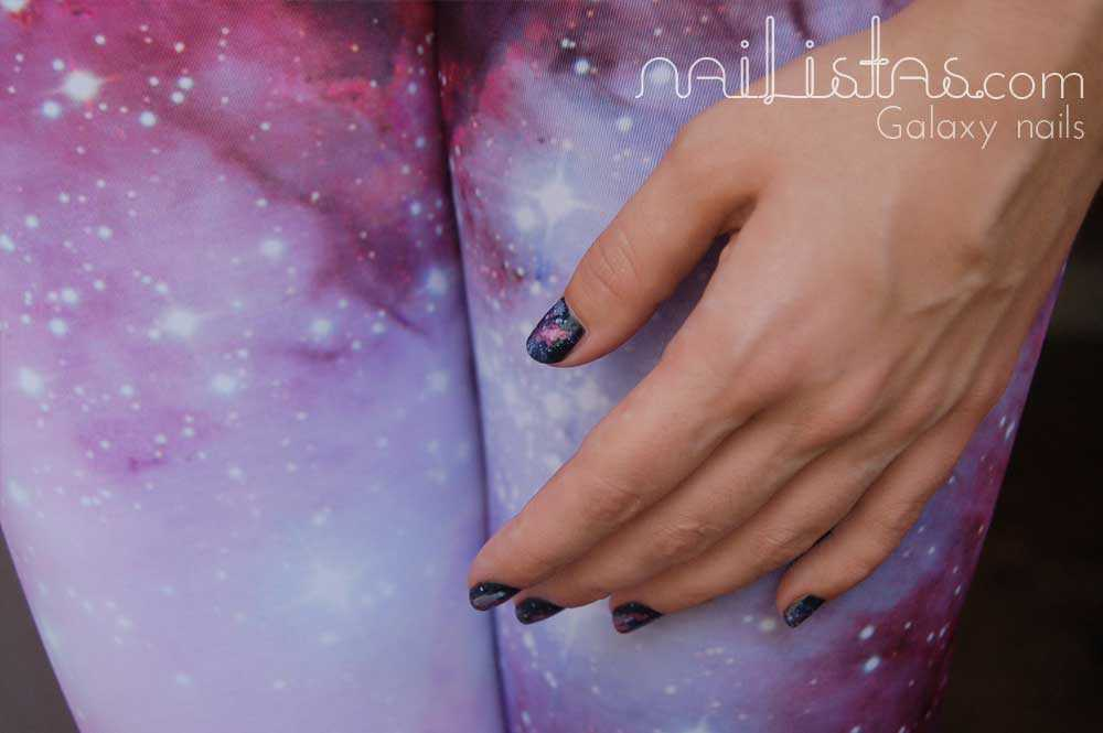 Galaxy nails // Uñas de Galaxias