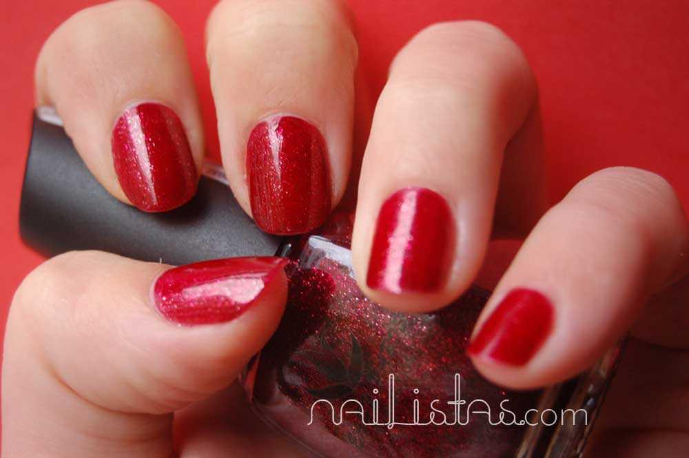 La Letra Escarlata // Easy Paris nº 10 // Manicura rojo