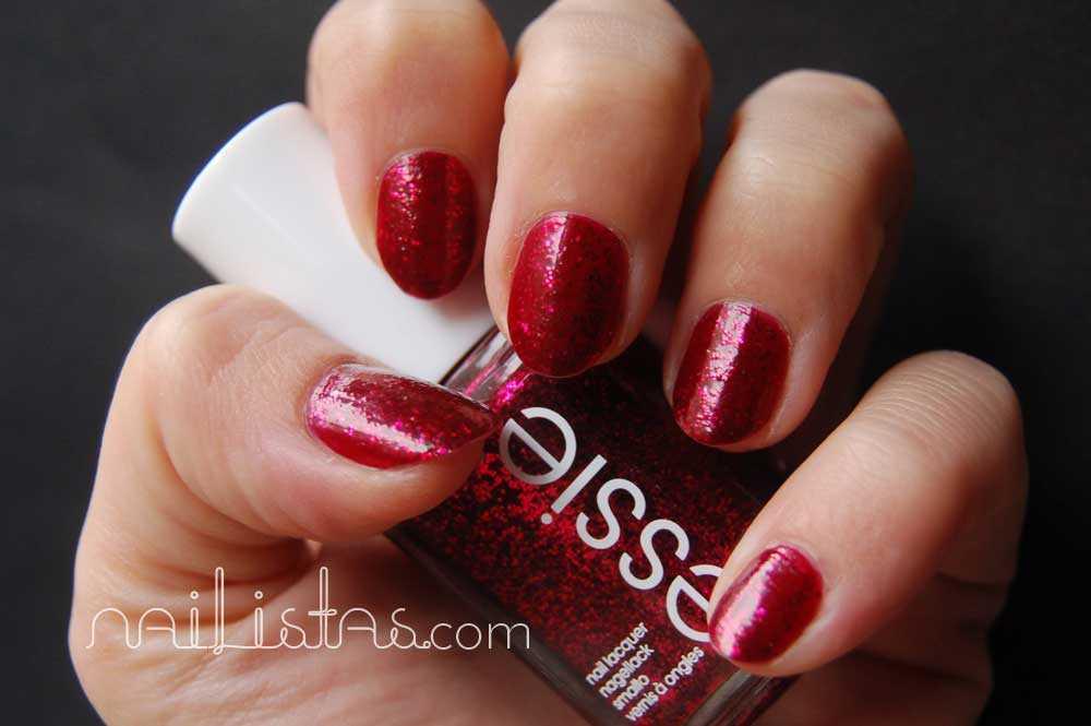 Essie >> Leading Lady // Swtach