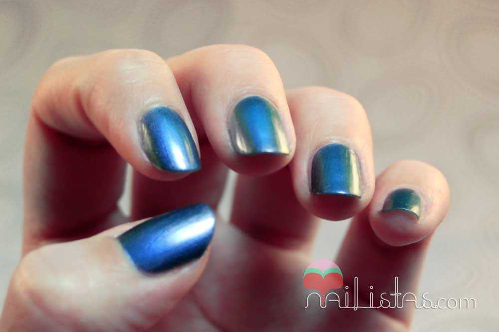 swatch // metal rush royal blue // rimmel london