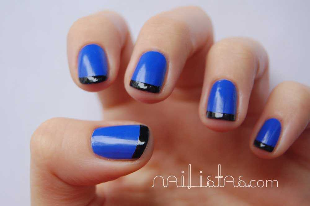 Essie butler please // manicura francesa de color azul y negro