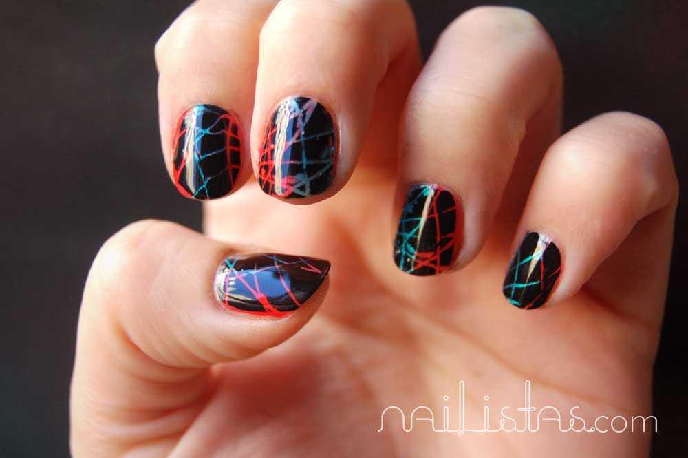 Uñas red de Neón // Manicura Futurista // Negro sobre degradado rojo y azul