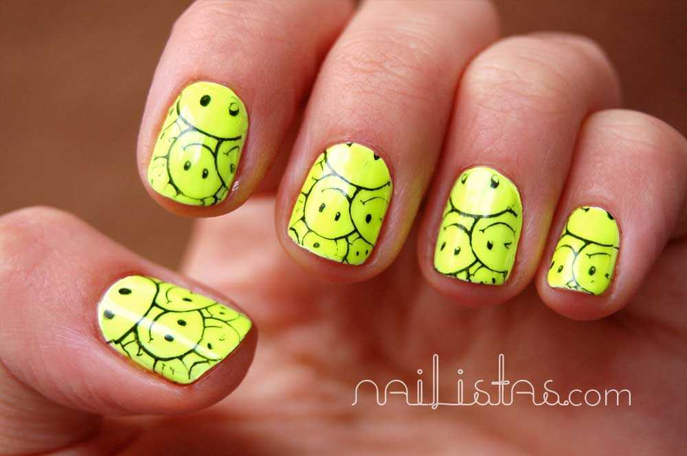 U as decoradas con smileys reto 80 39 s nailistas - Unas decoradas con esmalte ...