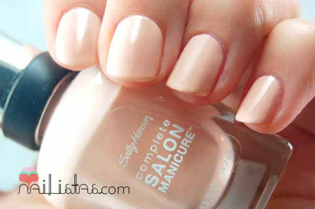 Sally Hansen 211 Royal Blush // Swatch