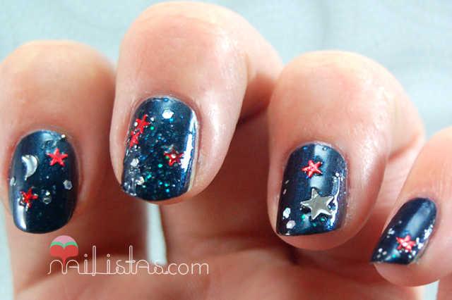 uñas decoradas con temática navideña