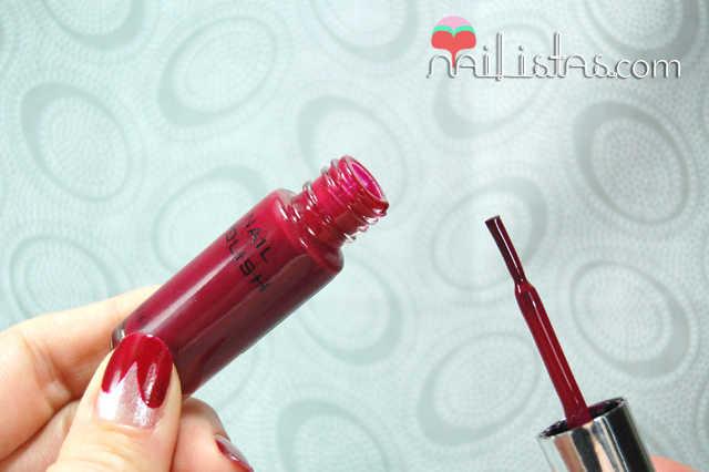 Pincel fino de los esmaltes H&M ideal para Nail Art