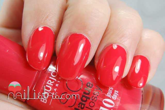 Rojo perfecto // Prepp'Hibiscus Bourjois Swatch