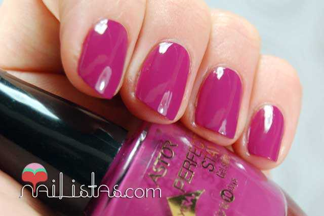 Swatch Purple Adiction  Perfect Stay Gel Shine Astor