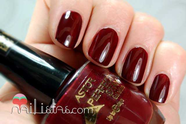 Swatch Red my Moon Perfect Stay Gel Shine Astor