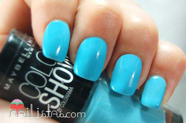 Cool Blue Swatch // Color Show Maybelline New York