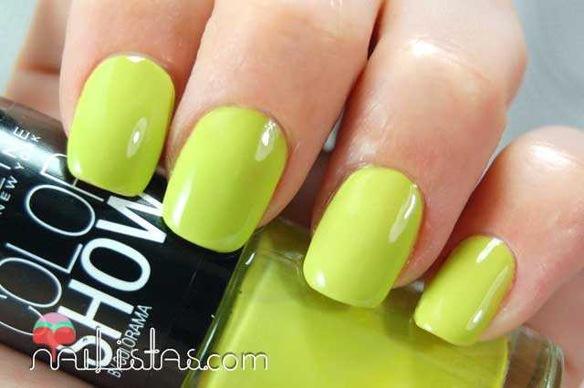 Pow Green Swatch // Color Show Maybelline New York