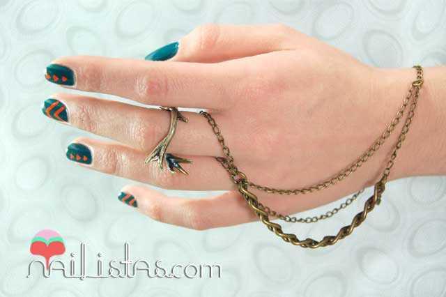 Ringbracelet and geometric nail art