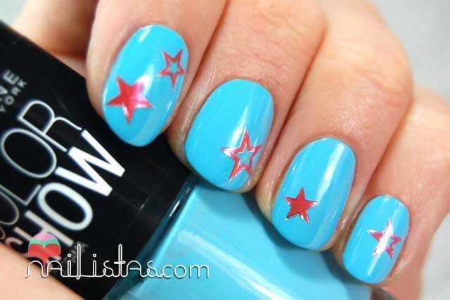 Uñas decoradas con estrellas // Stickers