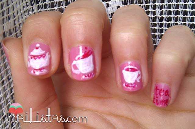 Tea Time Manicure // Uñas decoradas con tazas de té p