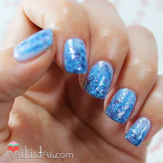 Degradado de purpurina con Blue Neon, Laser Toppings de Bourjois