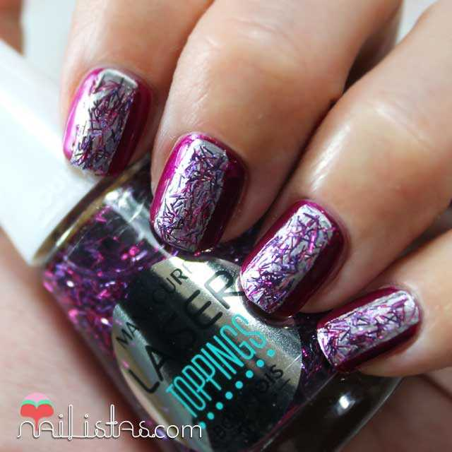 Manicura futurista y Swatch de Purple Aqua Laser Toppings de Bourjois