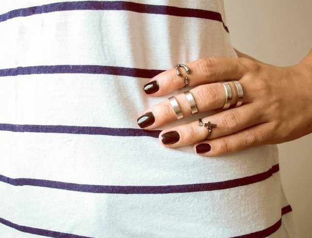 Tendencias: Uñas decoradas y anillos de falange