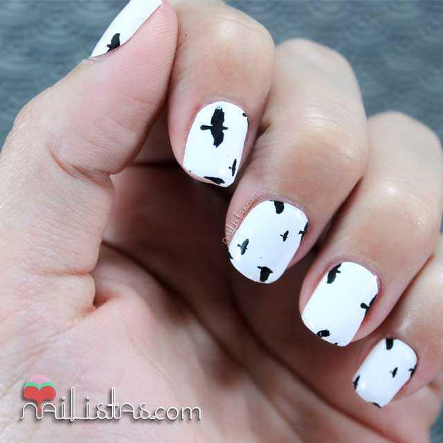 Uñas decoradas con pájaros  OMG Nail Polish Strips