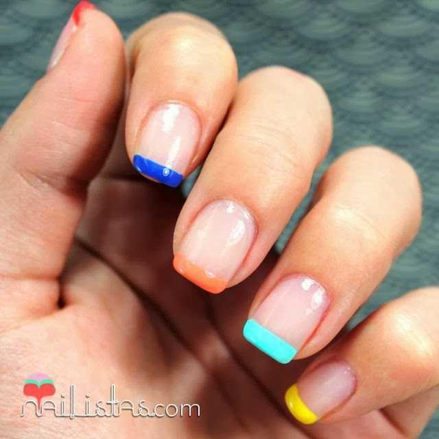 Manicura francesa multicolor