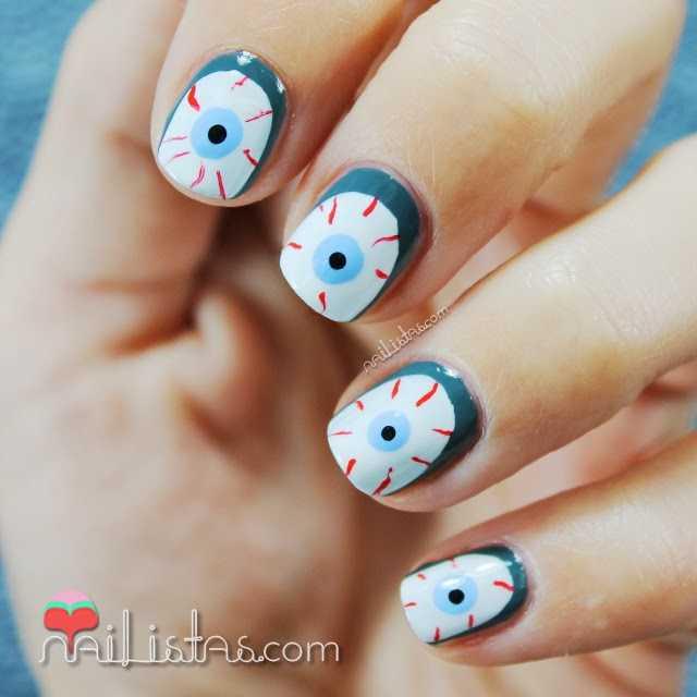 Uñas decoradas de Halloween | Ojos Sangrientos