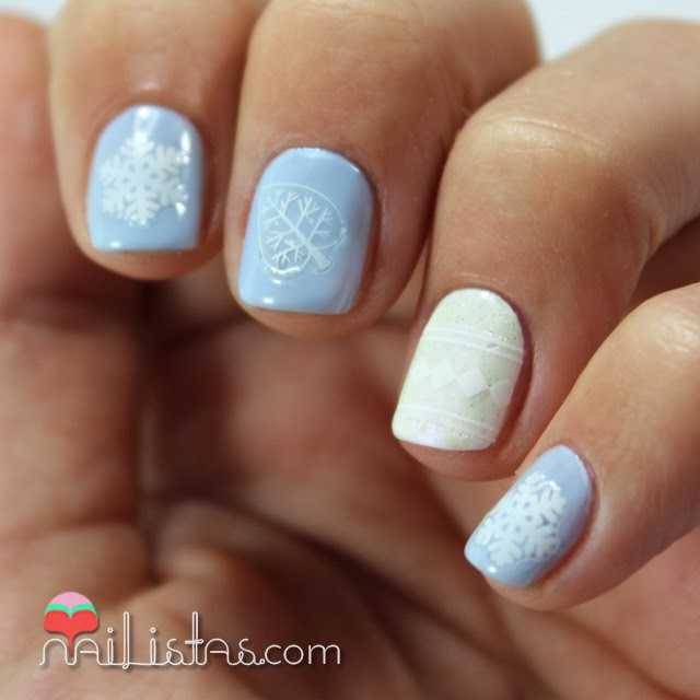 Uñas decoradas de invierno con el Kit Winter Wonderland de RARE Nails