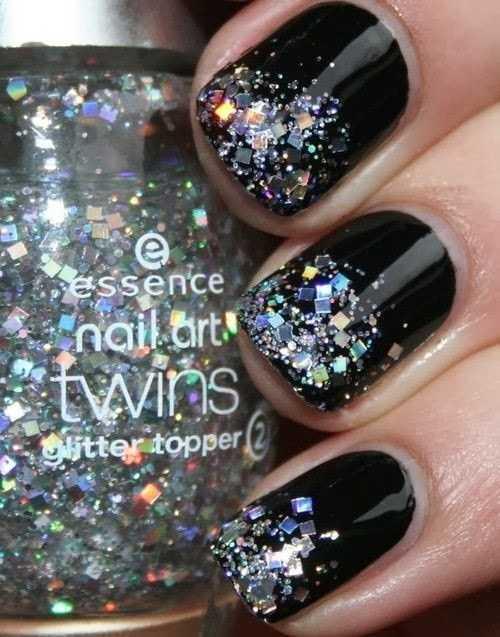 Ideas para decorar tus uñas en fin de año