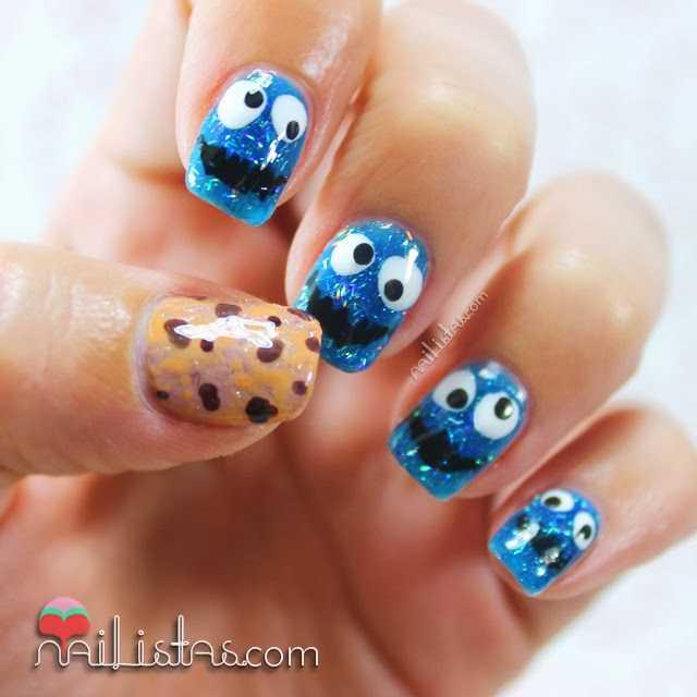 Nail art con el mostruo de las galletas
