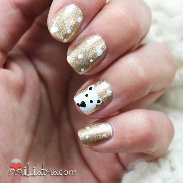 Decoración navideña de uñas | Nail art con oso polar