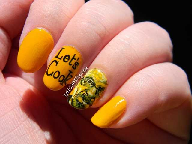 Uñas decoradas con Breaking Bad