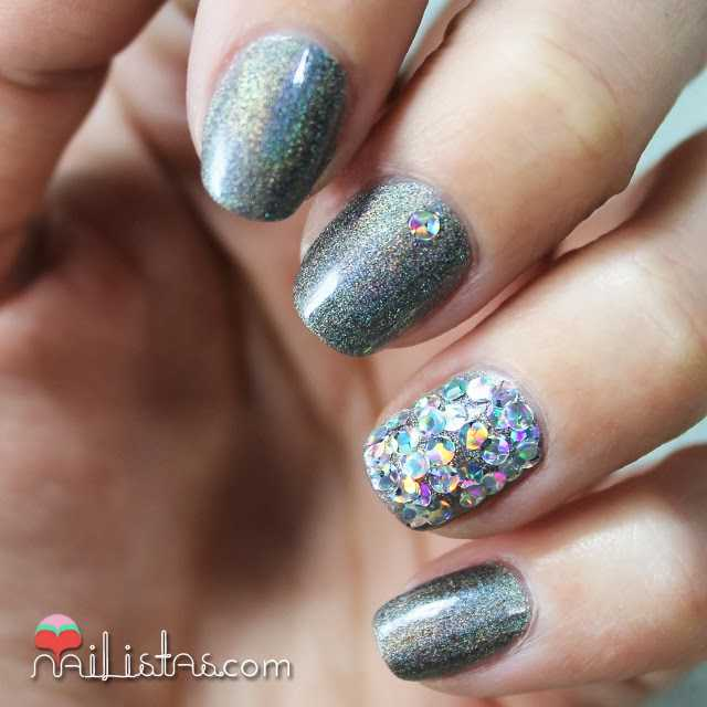 Uñas decoradas holográficas | I Snow You Love Me de O.P.I.