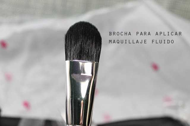brocha lengua d egato maquillaje fluído
