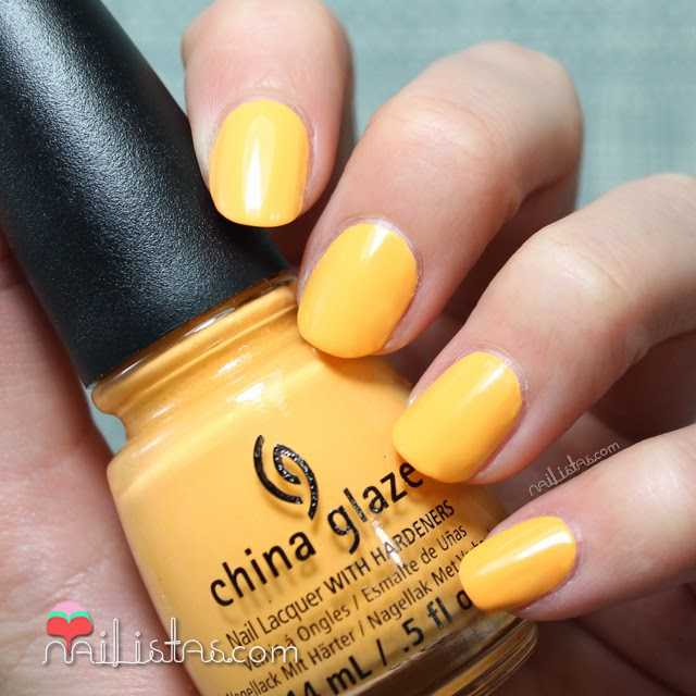esmaltes China Glaze | Metro Pollen Tin swatch