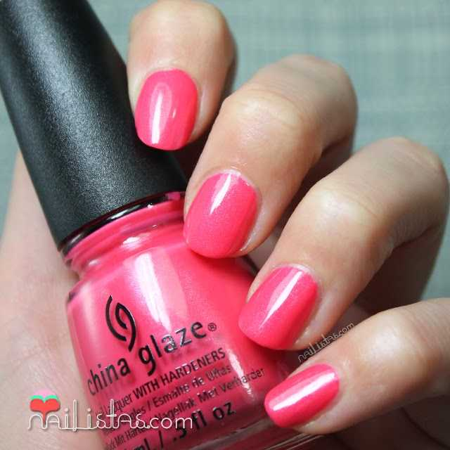 esmaltes China Glaze | Strike a Rose swatch