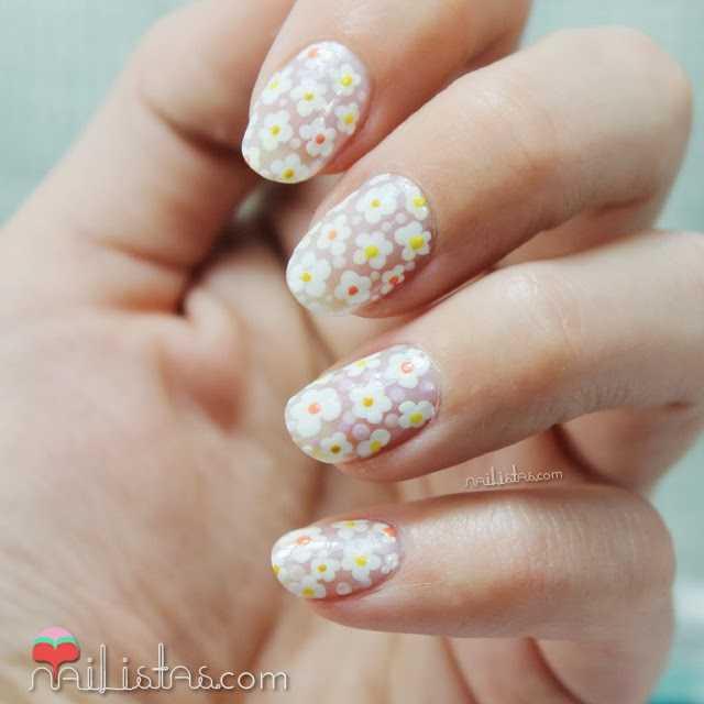 Uñas decoradas con margaritas | Nail art de flores