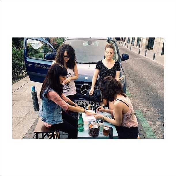 street-nail-art-perrier-nailistas-02