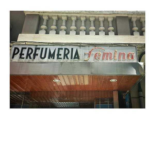 Rótulos Ferrol Perfumería Fémina
