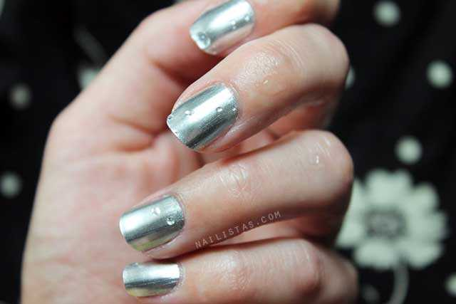Esmalte de uñas efecto espejo plata  OPI Push and Shove