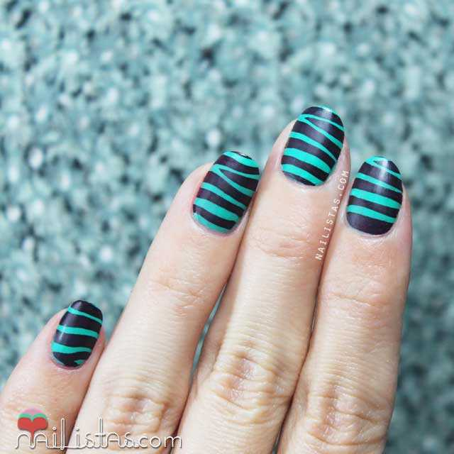 Stamping nail art Moyou London Pro Collection 04