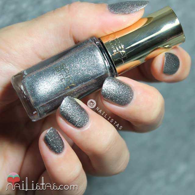 891 Noir Whisper Swatch L'Oréal