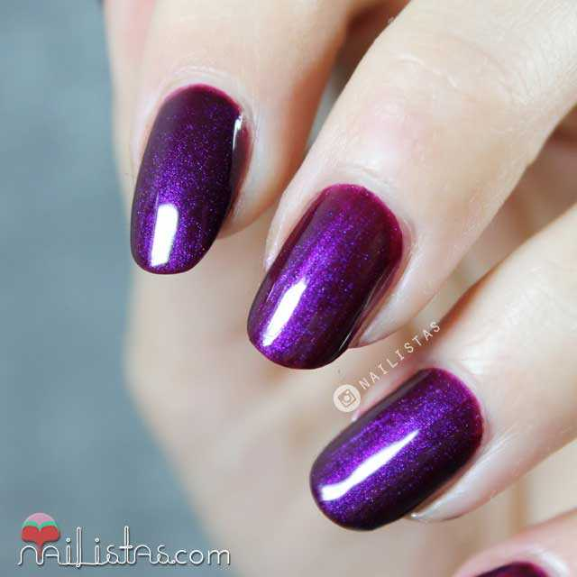502 Morado Majestuoso L'Oreal Paris Swatch