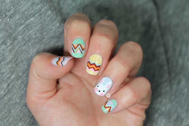 Nail art con conejo de pascua y huevos paso a paso