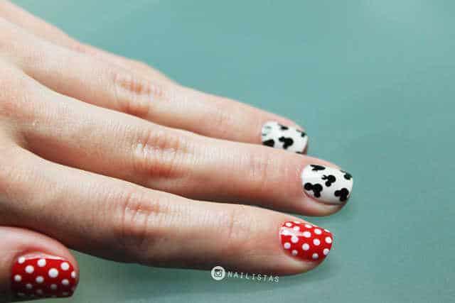 Uñas decoradas con Mickey Mouse super fáciles
