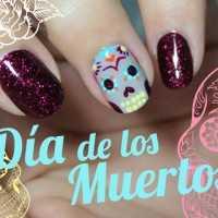 Calavera azucar uñas dia de los muertos