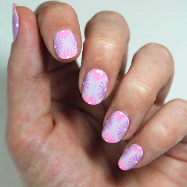 10 diseños de uñas con flores paso a paso - Nailistas ...