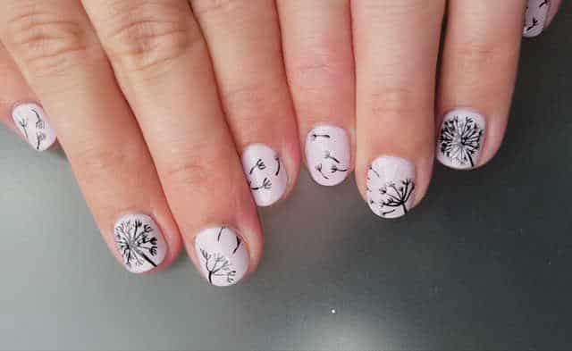 truco para pintarse las dos manos perfectas