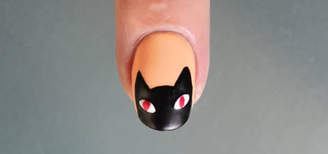 uñas de halloween gato negro paso a paso